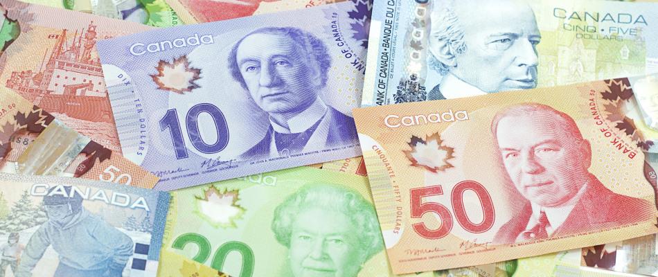 Des dollars canadiens